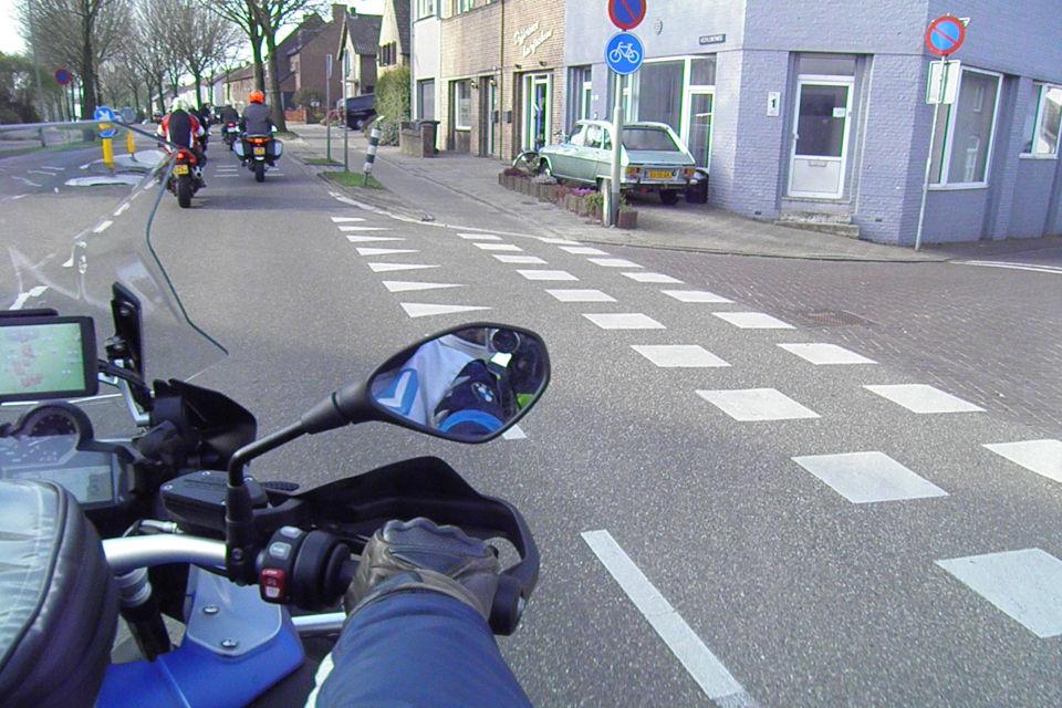 Motorrijbewijspoint Leusden theorie cursus online